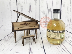 The Glenrothers Single Malt Scotch Whisky, Distilled in 1995