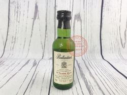 Ballantines 17 years old blended Scotch Whisky