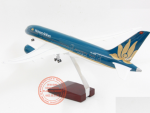 MO-HINH-MAY-BAY-BOEING-787-VIETNAM-AIRLINES-1-160-LED_3s