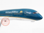 MO-HINH-MAY-BAY-BOEING-787-VIETNAM-AIRLINES-1-160-LED_7s